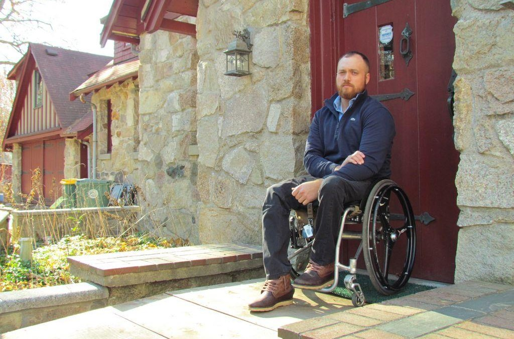 Efforts elevating for paralyzed Abington veteran